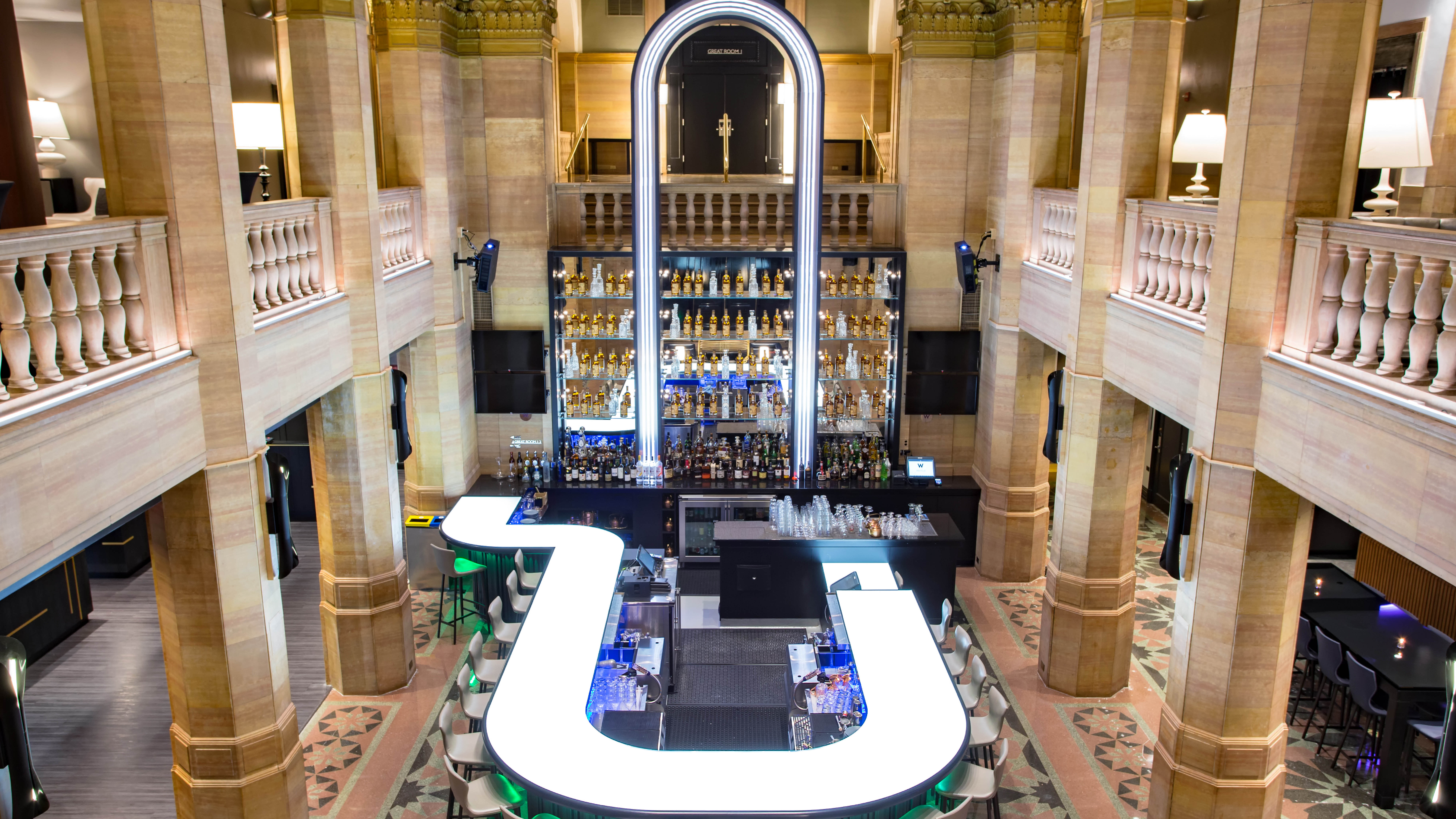Chicago New Year's Eve Parties 2020-2021 At W Chicago City Center